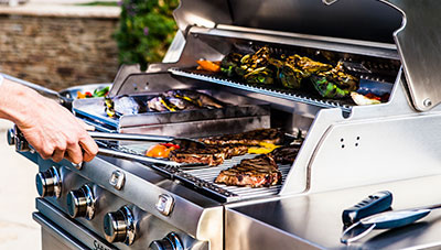 Premium Gas Grills and Grilling Accessories | SABER® Grills