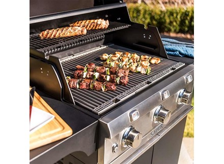 Deluxe Black 3-Burner Gas Grill